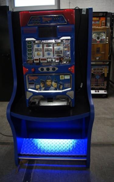 Automatenständer, schwarz mit blauer Beleuchtung und Blech Ablage