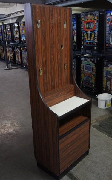 Automatenständer, braun, mit weißer Ablgae und schwarzen Leisten
